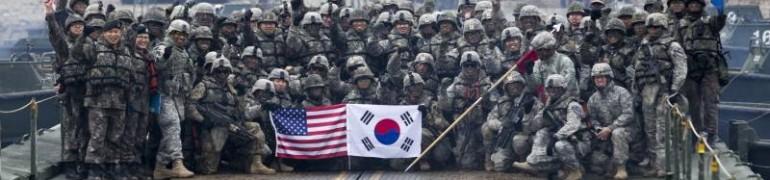 韓國陸軍第20師主戰車和甲車舉行機動演