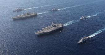 雷根號與史坦尼斯號航艦2018年11月16日雙航艦海上操演